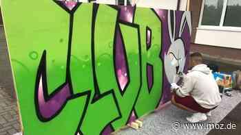 Immobilien Jugend: Graffiti, Billard und Chillen – der neue Jugendclub in Storkow ist eröffnet - moz.de
