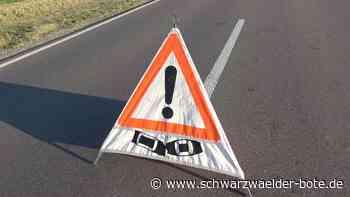 Unfall nahe Rottenburg - Rettungswagen und Auto krachen aufeinander - Schwarzwälder Bote