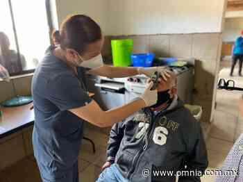 Valoran en Guadalupe y Calvo a pacientes que se les otorgará cirugía de visión - Omnia