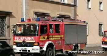 Ochsenfurt: Mercedes geht in Flammen auf - 106,9 Radio Gong