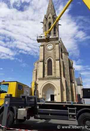 Intervention sur le clocher de l'église - Le Berry Républicain