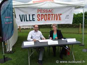 Pessac : la mairie signe une convention avec le comité départemental olympique et sportif - Sud Ouest