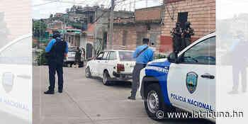 Ultiman a hombre dentro de vehículo en el barrio Perpetuo Socorro - La Tribuna.hn