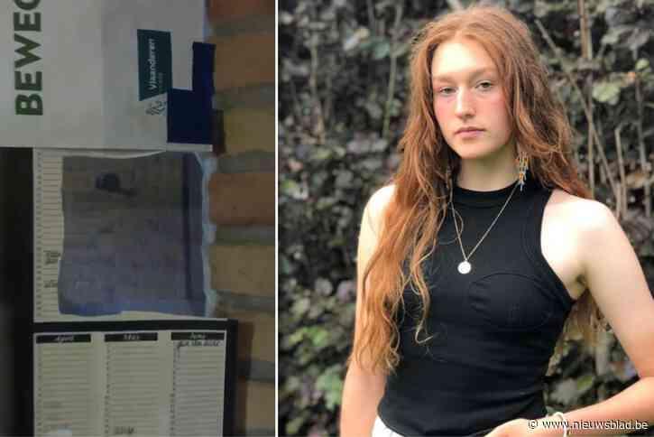 """Gloria (18) ontdekt toevallig kijkgat dat zicht geeft op kleedkamers van school: """"Na enkele dagen piekeren ben ik naar de politie gestapt"""""""