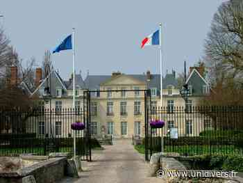 Atelier origami Château-mairie du Mesnil-Saint-Denis samedi 18 septembre 2021 - Unidivers