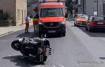 Auto rammt Motorradfahrer: 57-Jähriger schwer verletzt - Eggenfelden - Passauer Neue Presse