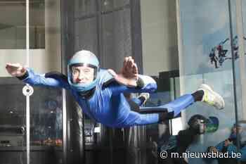 """Alain (59) sterft bij parachutesprong: """"Zijn parachute was perfect geopend, maar hij begon te tollen"""" - Het Nieuwsblad"""
