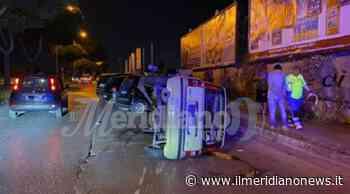 Villaricca, pauroso incidente nella notte: auto si ribalta, ferito il conducente - Il Meridiano News