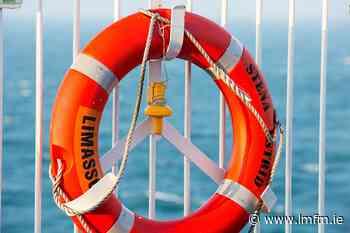 New lifebuoys stolen at Mornington Beach - LMFM