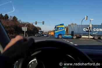 CDU Hiddenhausen fordert mehr Sicherheit für gefährliche Kreuzung - Radio Herford