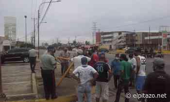 Zulia | Choferes cierran avenida Intercomunal para exigir gasolina en Ciudad Ojeda - El Pitazo