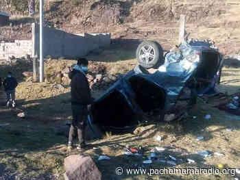 Auto se vuelca en la vía Puno – Ilave y sus ocupantes resultan heridos - Pachamama radio 850 AM