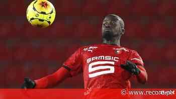 FC Porto com concorrência por Niang - Record