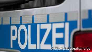Mann mit Waffe auf Gelände von Klinik: Softairpistole - Süddeutsche Zeitung