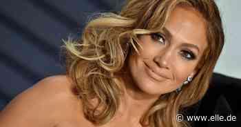 Jennifer Lopez trägt DIESEN Schuh-Trend von H&M zu langen Kleidern! - ELLE