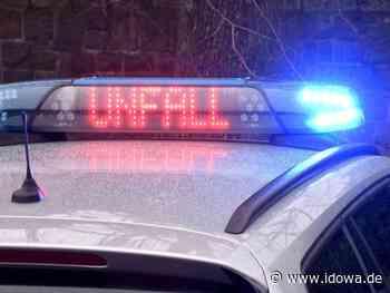 Unfall in Mainburg - Verkehrsschild fliegt durch die Luft und trifft Gegenverkehr - idowa