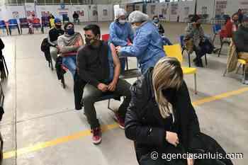 En Villa Mercedes citaron a más de 1.000 personas para primeras dosis - Agencia de Noticias San Luis