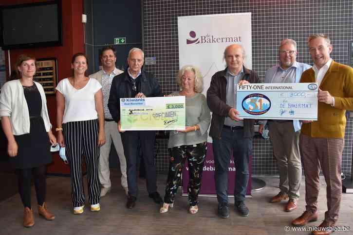 Serviceclubs schenken 6.000 euro