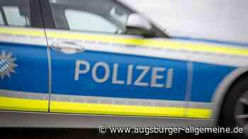 Traktor ausgewichen: Autofahrer touchiert in Lichtenau einen Leitpfosten - Augsburger Allgemeine