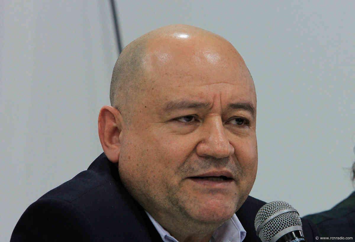 En este país han asesinado más por lenguas como la suya: Carlos Antonio Lozada a Claudia López - RCN Radio