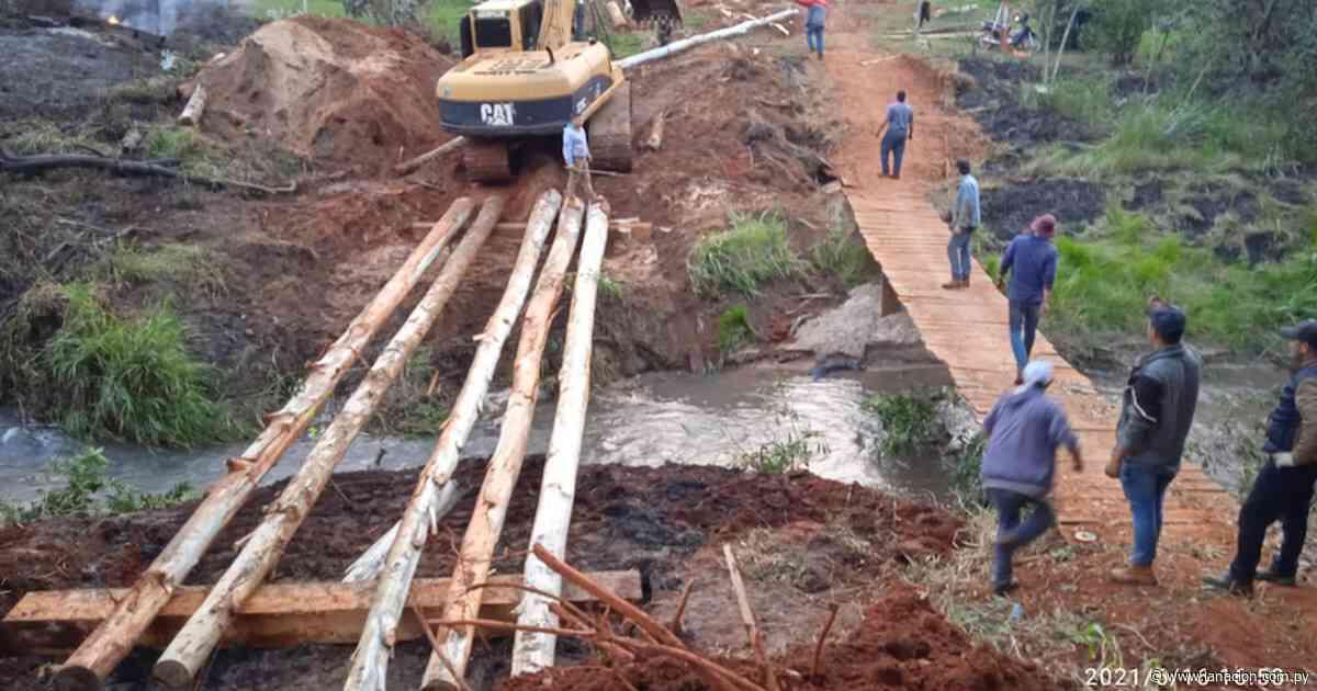 Pobladores de Tacuatí claman reconstrucción del puente caído - La Nación