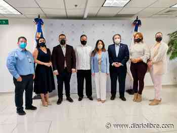 Gobierno inicia jornada permanente de vacunación en Pedernales - Diario Libre