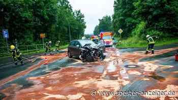Warstein-Belecke: Seniorin übersieht Auto: Drei Verletzte bei Unfall - Tankstellen-Angestellte helfen sofort - Soester Anzeiger