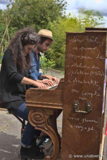 Flying Piano Ville de - Unidivers