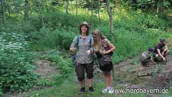 Rangerin Jessica zeigt Kindern die Geheimnisse des Waldes - Nordbayern.de
