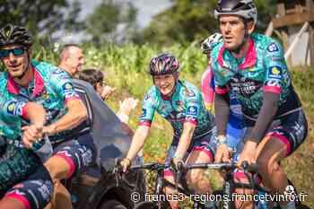 Tour de France. La Savoyarde Aurore Macon arrive avec le peloton de Donnons des Elles au vélo sur les routes d - France 3 Régions