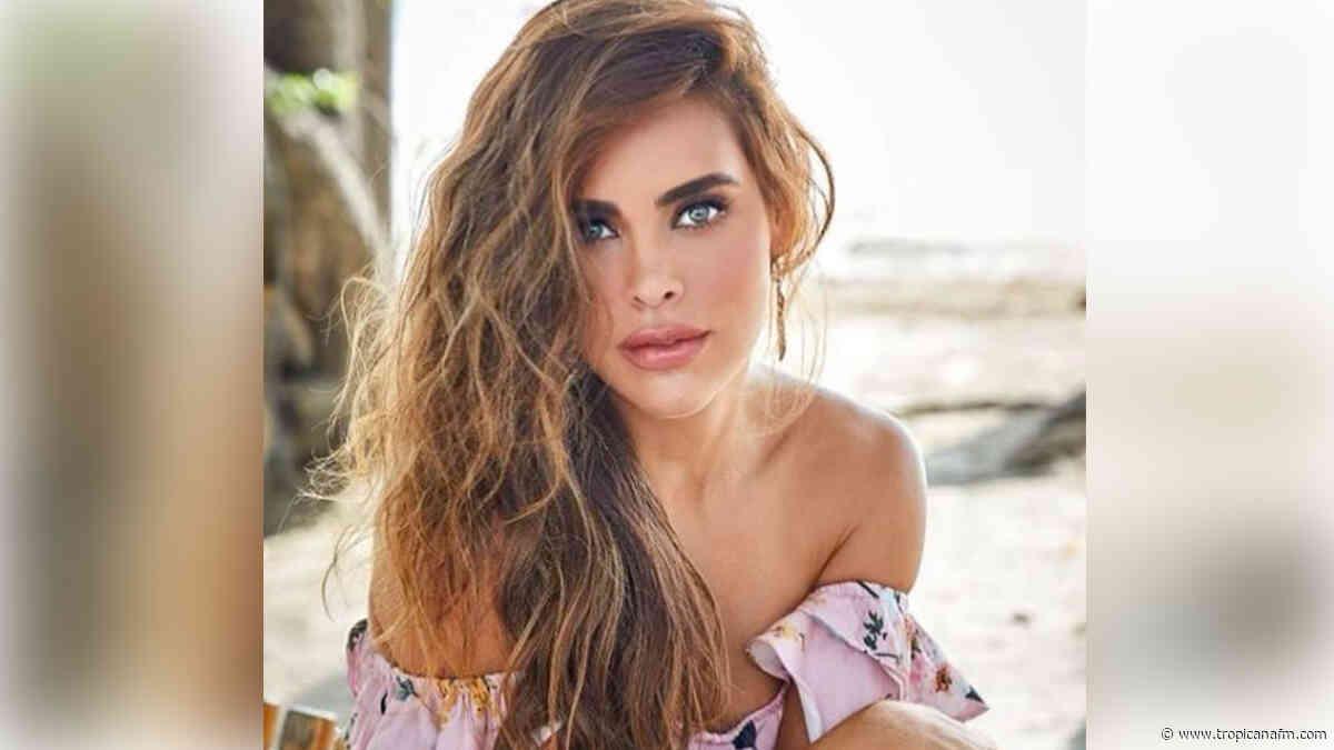 """""""Que buena vista"""", le dicen a Sara Corrales por provocativa foto desnuda en la cama - Tropicana Colombia"""