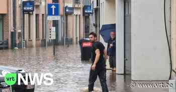 """Wateroverlast in Sint-Genesius-Rode: """"Thuis""""-acteur Mathias Vergels strijdt mee tegen het water - VRT NWS"""