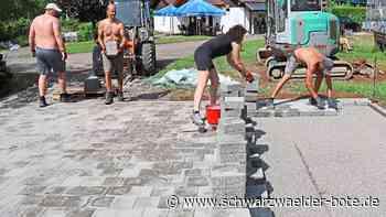 TC Dettingen baut einen »Street Racket Court« - Ein Spiel für alle Altersklassen - Schwarzwälder Bote