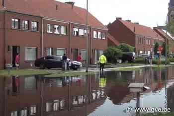 VIDEO. Wateroverlast in de Pompstraat (Sint-Gillis-Waas) - Gazet van Antwerpen Mobile - Gazet van Antwerpen