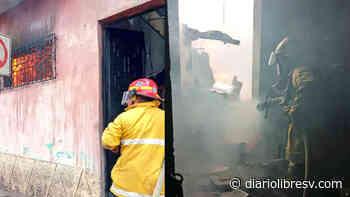 Cortocircuito cuando un menor veía televisión, consume habitaciones de vivienda en Cojutepeque - Diario Libre