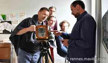 Chartres-de-Bretagne. Un atelier portrait à la chambre photographique - maville.com