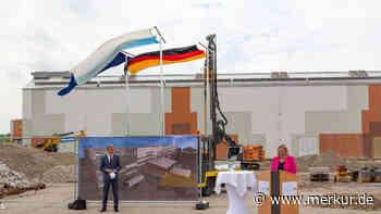 Die Bayerische Staatsoper fernab jeglichen Prunks: Lagerhalle in Poing wird erweitert - Merkur Online