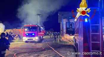 Incendio all'azienda agricola di Mariano Comense: tante squadre dei pompieri per domare il rogo - CiaoComo