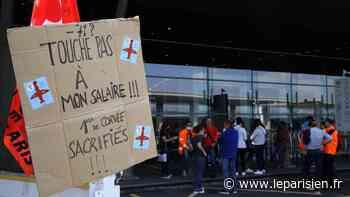Aéroports de Roissy et d'Orly : environ 200 manifestants, aucun retard de vols - Le Parisien
