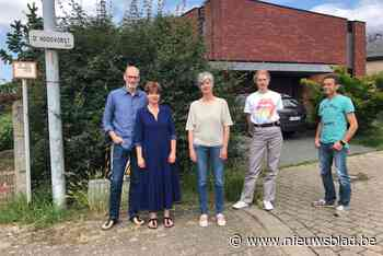 """Buurtbewoners krijgen onverwachts zomerbar in achtertuin: """"R... (Herent) - Het Nieuwsblad"""