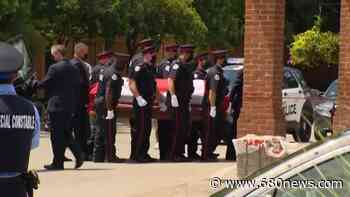 Body of Const. Jeffrey Northrup taken to Thornhill funeral home - 680 News