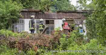 Feuerwehreinsatz:Schuppen einer Schreinerei in Blieskastel stand in Brand - Saarbrücker Zeitung
