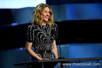 Is Julia Roberts' Hair Naturally Curly or a Perm? - Showbiz Cheat Sheet