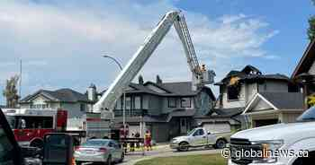 'Overwhelming loss': 7 dead, including 4 children, in Chestermere house fire: RCMP - Global News