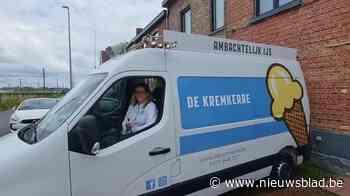 """Ice Ice Baby! Valerie rijdt met de vrolijkste ijskar van Gent: """"Mensen wachten me dansend op"""""""