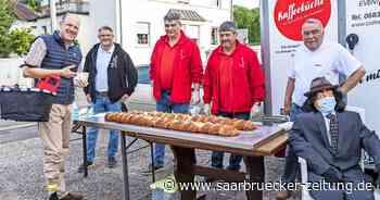 Wadgassen Glasspatzen Kirmes Kranzkuchen Bäcker Helmut Barbracke - Saarbrücker Zeitung