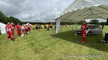 L'équipe de foot de Toyota Onnaing a disputé son premier match à Saint-Souplet, en présence du président Jim Crosbie - La Voix du Nord