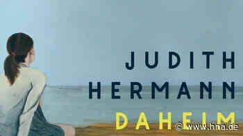 Buchtipp: Daheim von Judith Herrmann. Geheimnisse hinter karger Landkulisse. - HNA.de
