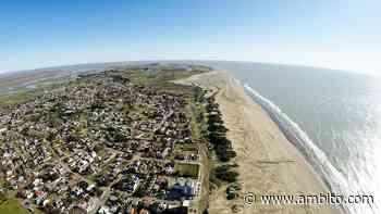 Buscan a una turista que desapareció mientras hacía kitesurf en San Clemente - ámbito.com