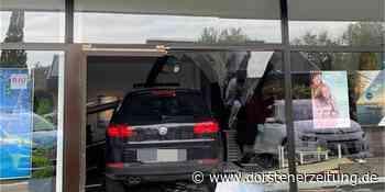 Geländewagen fährt in Frontscheibe eines Reisebüros in Bocholt - Dorstener Zeitung